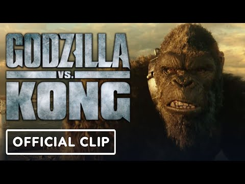 """Godzilla vs. Kong - Official Exclusive """"Godzilla Meets Kong"""" Clip   IGN Fan Fest 2021"""