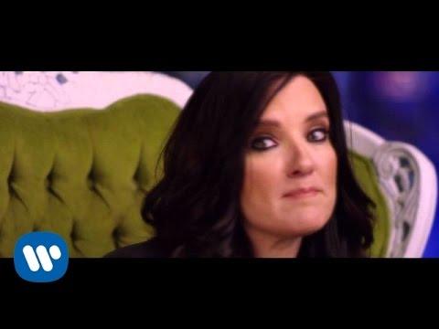 Brandy Clark - Girl Next Door [Official Music Video'