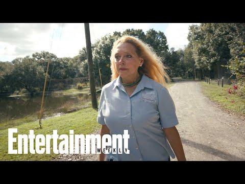 'Tiger King' Subject Carole Baskin Slams Netflix Doc   News Flash   Entertainment Weekly