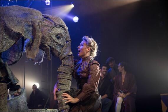 circus-1903-elephant-puppet