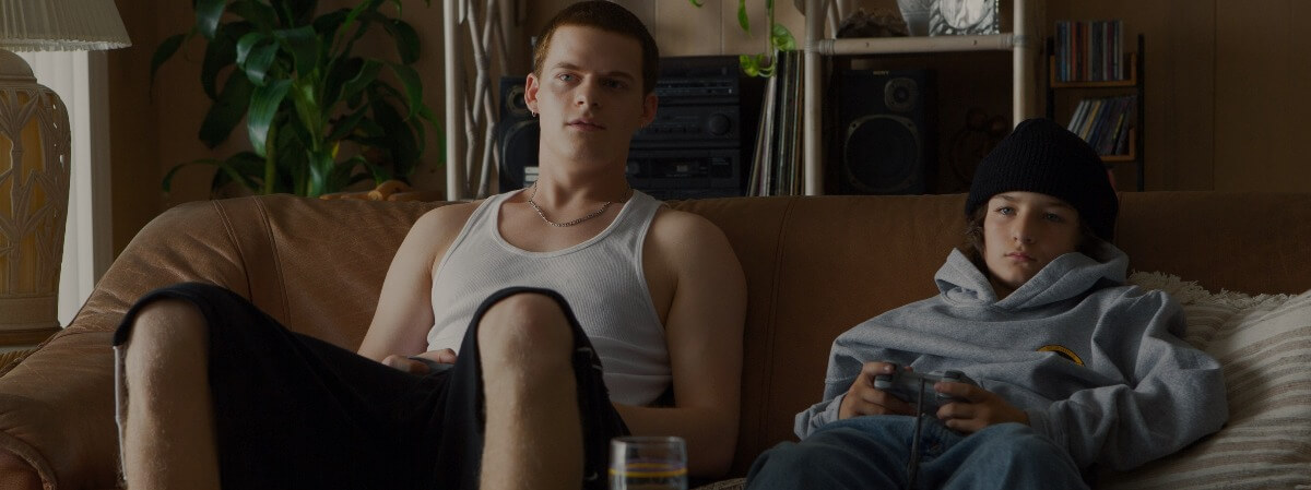 mid90s review Lucas Hedges Sunny Suljic