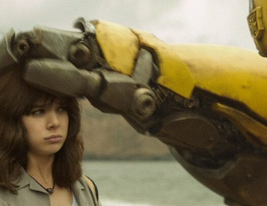 bumblebee movie review Hailee Steinfeld (1)