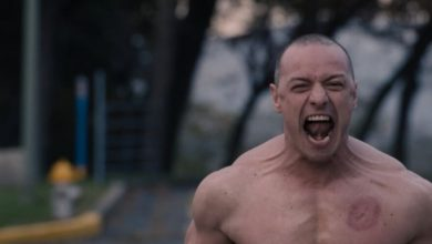 Photo of That Shocking 'Glass' Reveal Is a Big, Fat Nothing