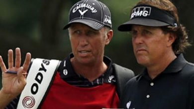 Photo of Murray's 'Loopers' Gives Caddies an Overdue Salute