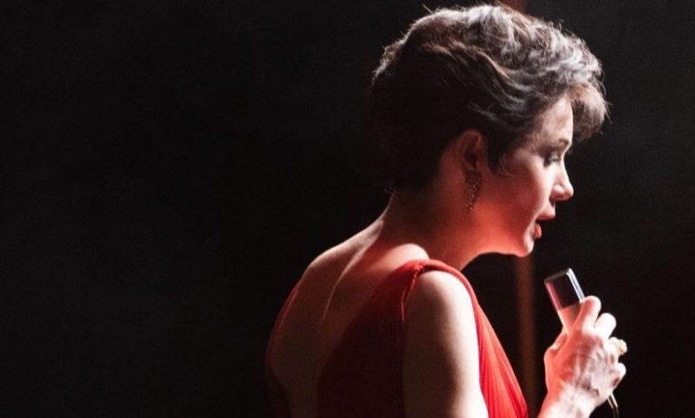Renée-Zellweger-s-Judy-Garland judy lip synching