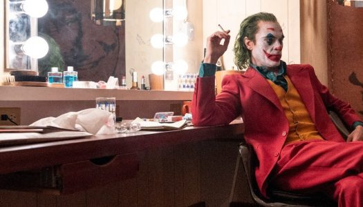 Mesmerizing 'Joker' Targets Oscar, Not Off-Screen Violence