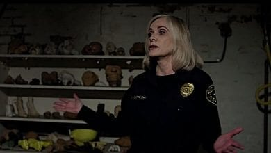 Photo of Horror Icon Barbara Crampton Dishes Kindness in Troubled Times