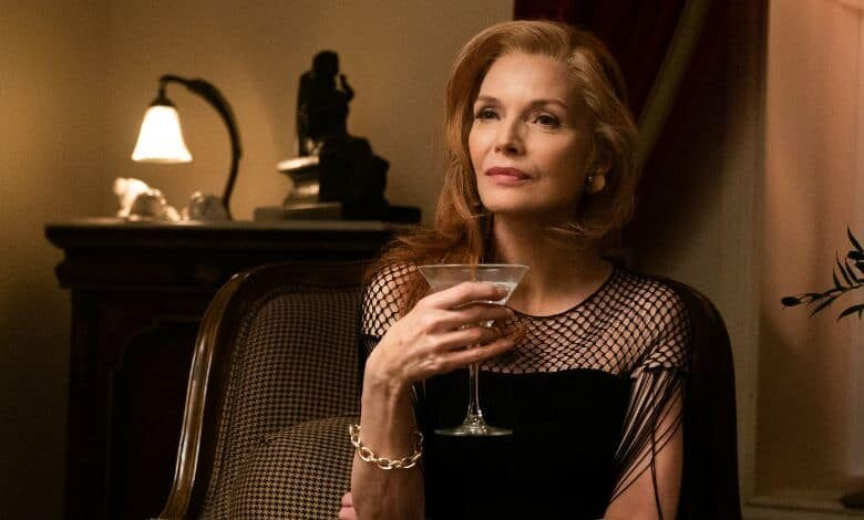french exit review michelle pfeiffer