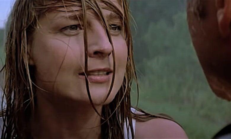 twister review helen hunt rain